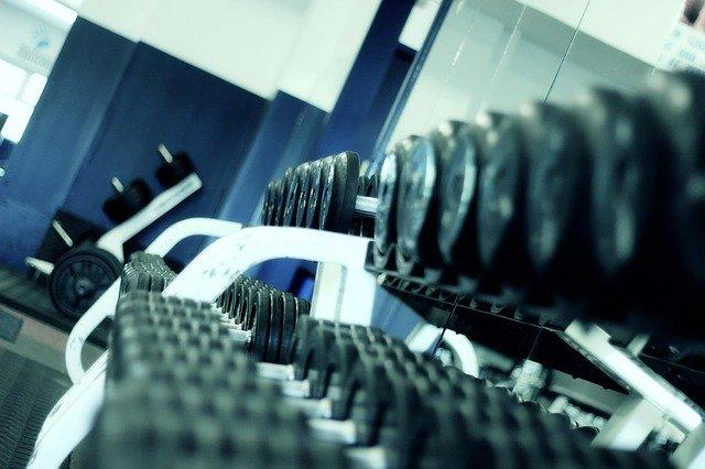 Las formas furtivas en que los gimnasios pueden encerrarlo en un contrato