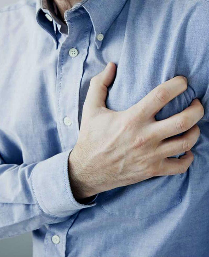 Tasa de ataques cardíacos disminuye más en los hombres que en las mujeres