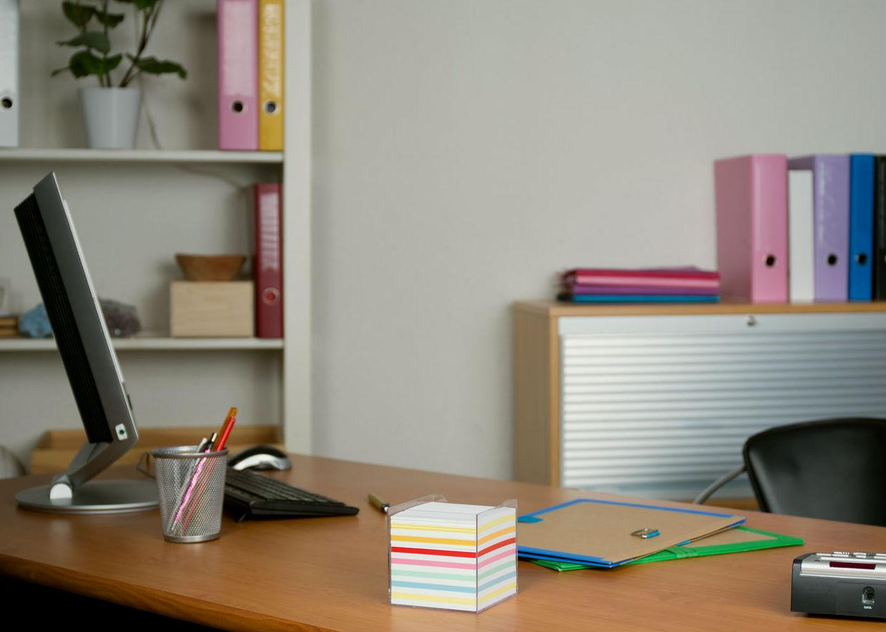 Cómo mantener tu lugar de trabajo limpio y a ti mismo saludable