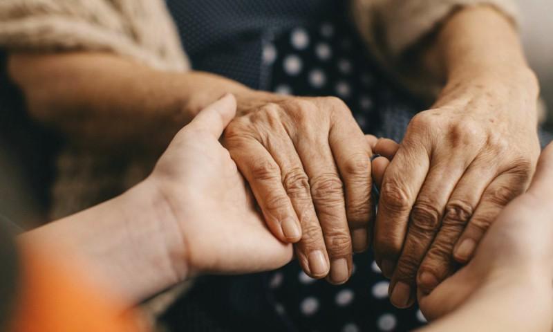 Enfermedad de Parkinson afecta a un 50% más de hombres que mujeres