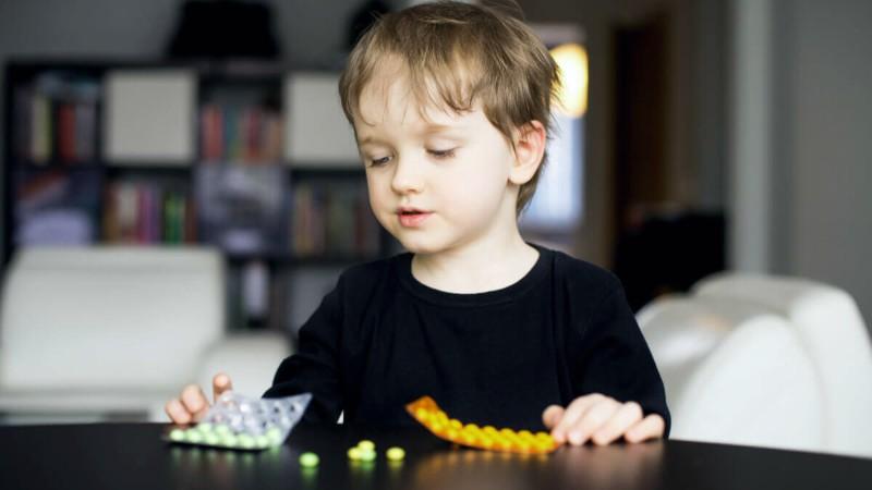 """Antibióticos para """"curar"""" el autismo: se abrió una investigación por """"poner en peligro a los demás"""""""