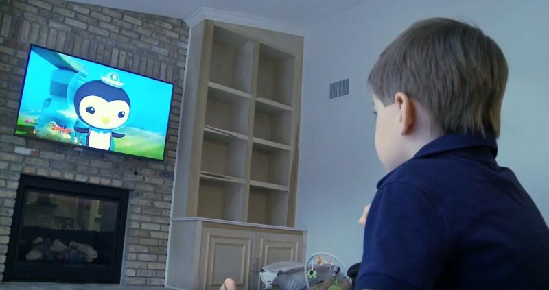 El uso intensivo de la televisión tiene un impacto en el rendimiento académico de los niños