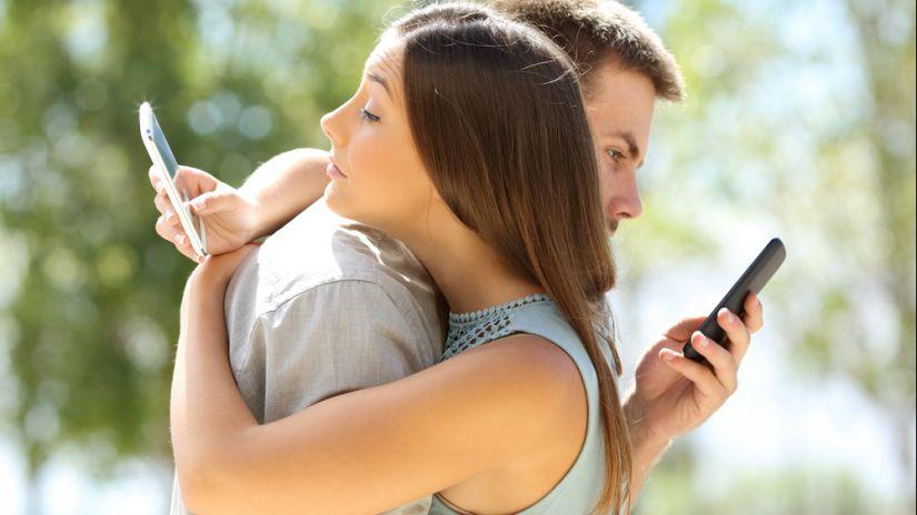 ¿No dejas nunca el celular? cuidado con la Nomofobia